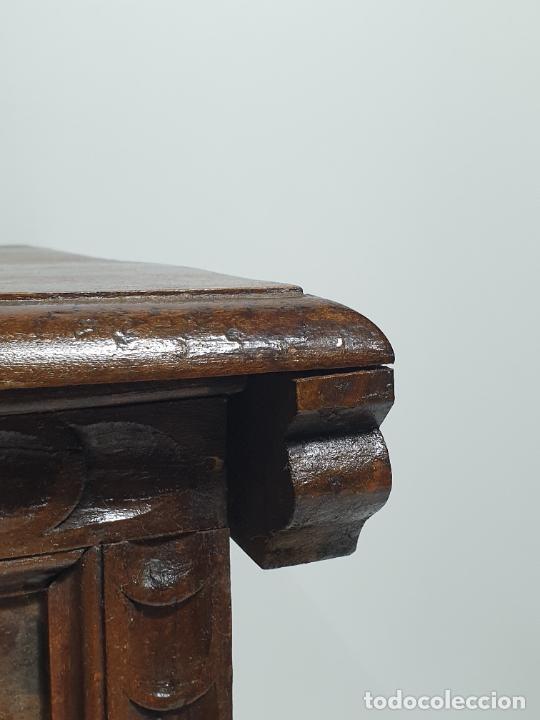 Antigüedades: Antigua Caja Barroca - Arcón, Baúl Catalán - Madera de Ribera - Patas de Garra - S. XVIII - Foto 11 - 284010268