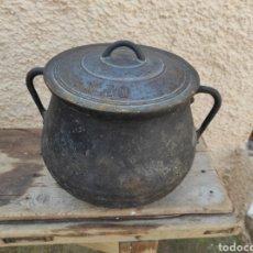Antigüedades: ANTIGUA OLLA - PUCHERO DE HIERRO COLADO. Lote 284162598