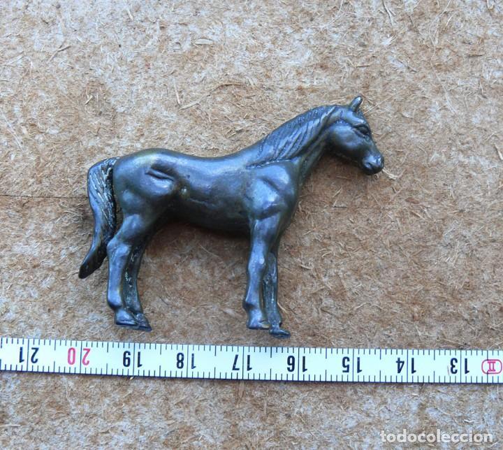 Antigüedades: escultura en miniatura.bronce.caballo. n 1 - Foto 6 - 284290683