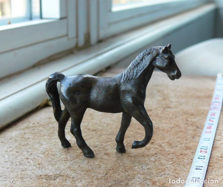 Antigüedades: escultura en miniatura.bronce.caballo. n 3 - Foto 3 - 284290988
