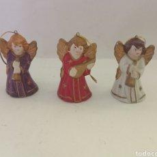 Antigüedades: 3 ANTIGUAS CAMPANAS FIGURAS ANGEL CERÁMICA O TERRACOTA. Lote 284315263