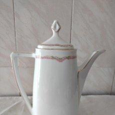 Antigüedades: ELEGANTE CAFETERA DE PORCELANA J & C ELITE BAVARIA.. Lote 284357868