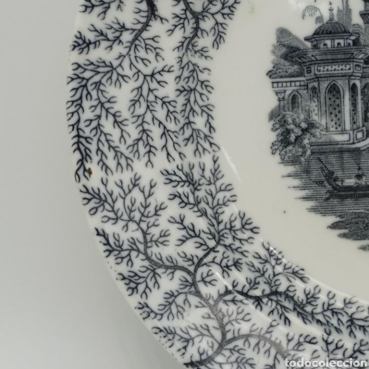 Antigüedades: Plato hondo PICKMAN, Cartuja de Sevilla, escena oriental y enramado, sello de años 1880 a 1910 - Foto 12 - 284618923