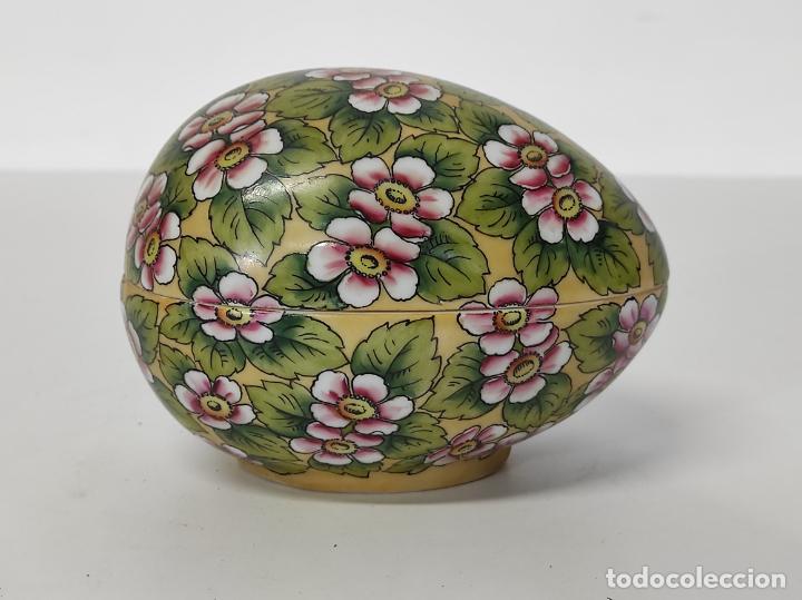 Antigüedades: Antigua Cajita en forma de Huevo - Porcelana de Biscuit - con Bonita Decoración - S. XIX - Foto 10 - 284776473