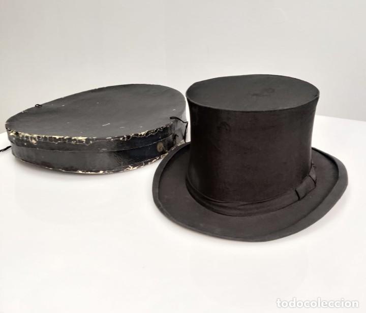 SOMBRERO DE COPA FRANCES CON CAJA ORIGINAL, PARIS S. XIX - XX (Antigüedades - Moda - Sombreros Antiguos)