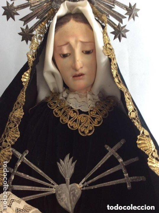 Antigüedades: Virgen Dolorosa con Urna ,Cap i Pota, talla Policromada ,vestido y manto bordado -Siglo XIX-Alt 90cm - Foto 2 - 284838888