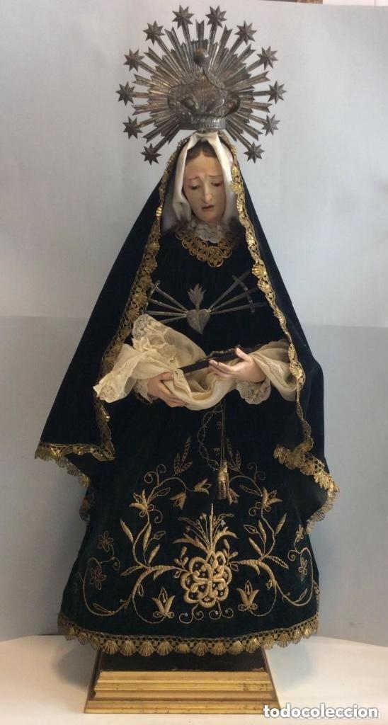 Antigüedades: Virgen Dolorosa con Urna ,Cap i Pota, talla Policromada ,vestido y manto bordado -Siglo XIX-Alt 90cm - Foto 10 - 284838888