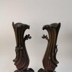 Antigüedades: PAREJA DE JARRONES ART NOVEAU DE CALAMINA.. Lote 285059533