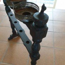 Antiguidades: HACHERO PORTAVELAS. Lote 285107463