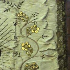 Oggetti Antichi: ANTIGUO PENDÓN SAGRADO CORAZÓN DE JESÚS S.XIX. Lote 285116368