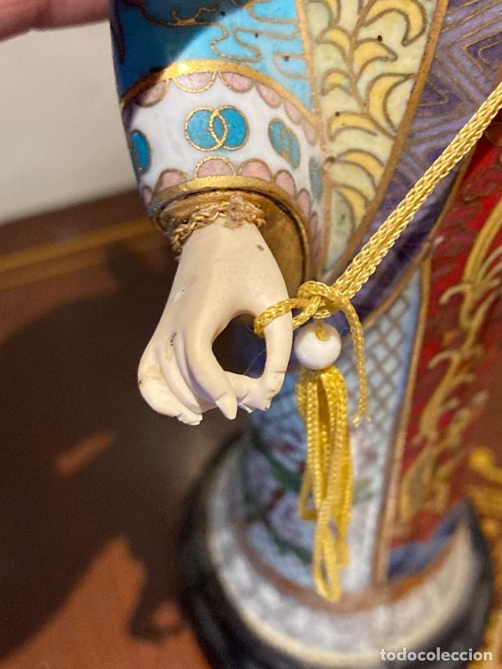 Antigüedades: Preciosa figura oriental de porcelana y esmalte cloissone - Foto 6 - 285147133