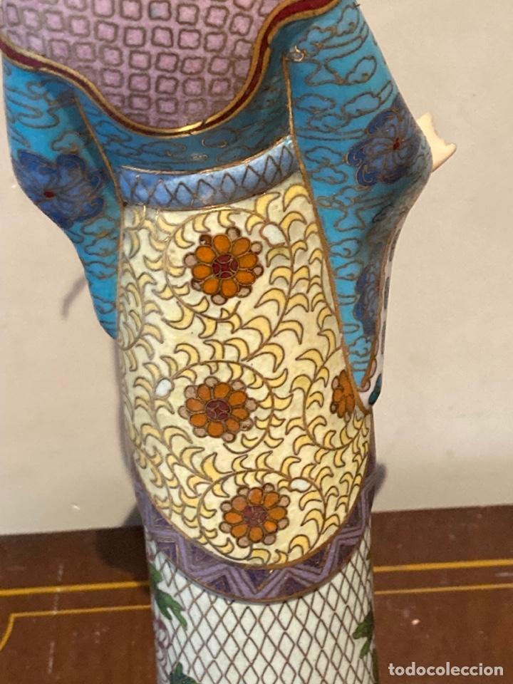 Antigüedades: Preciosa figura oriental de porcelana y esmalte cloissone - Foto 12 - 285147133