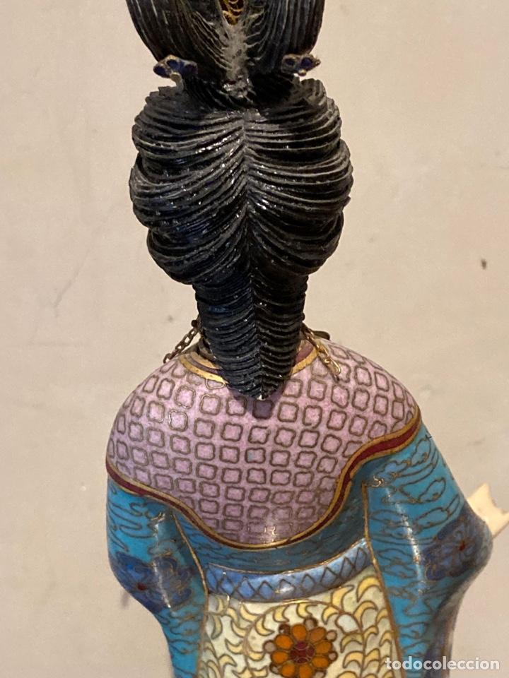 Antigüedades: Preciosa figura oriental de porcelana y esmalte cloissone - Foto 13 - 285147133