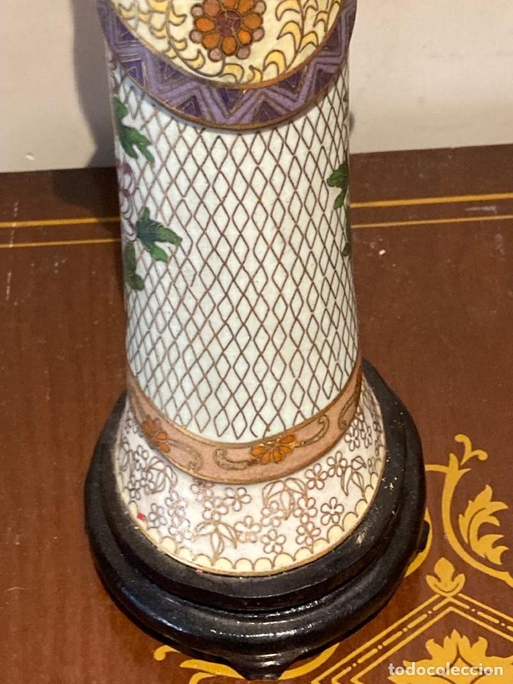 Antigüedades: Preciosa figura oriental de porcelana y esmalte cloissone - Foto 14 - 285147133