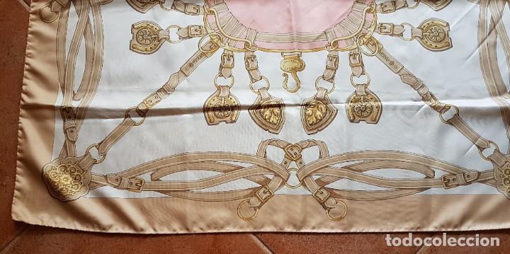 Antigüedades: PAÑUELO SEDA MOTIVOS ECUESTRES - Foto 3 - 285297848