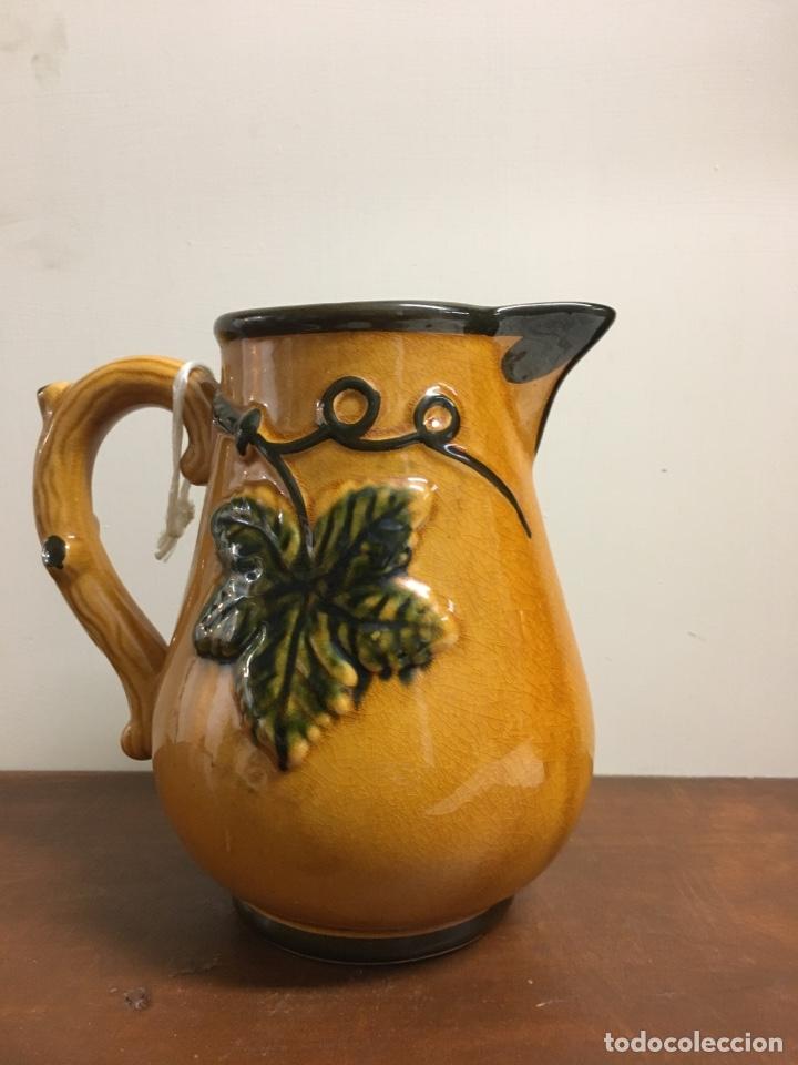 ANTIGUA JARRA EN CERÁMICA ESMALTADA (Antigüedades - Porcelanas y Cerámicas - La Cartuja Pickman)