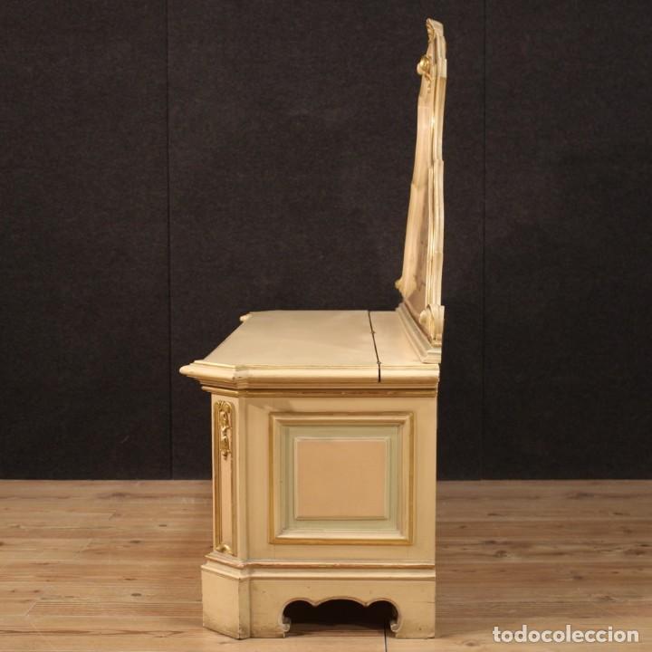 Antigüedades: Cofre veneciana lacada, pintada y dorada - Foto 10 - 285417128