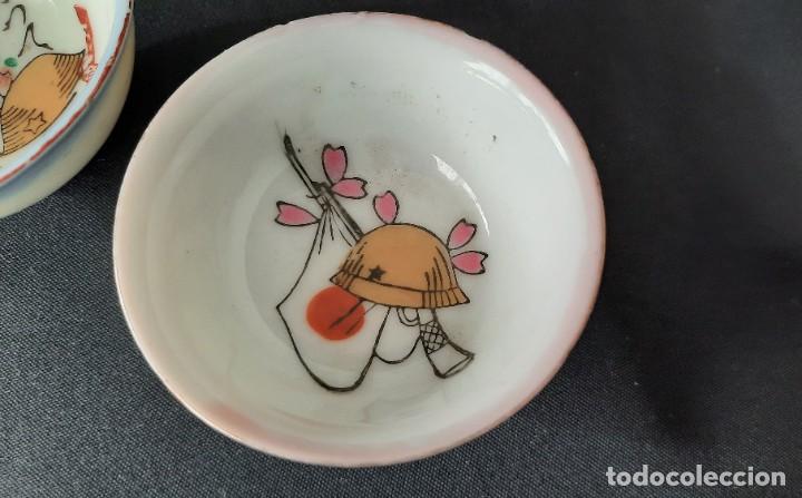 Antigüedades: Pareja de vasos de sake japoneses segunda guerra mundial. Cerámica. Primera mitad siglo XX - Foto 6 - 285468543
