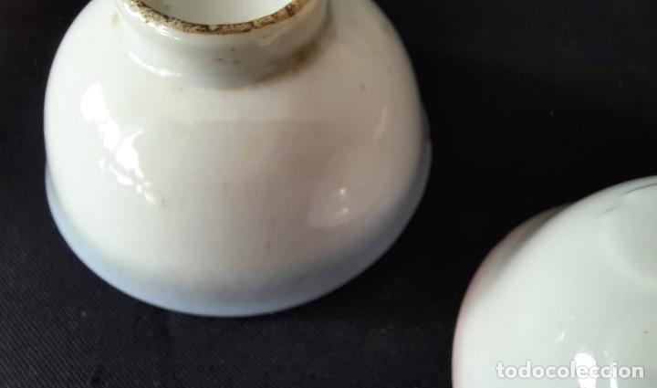 Antigüedades: Pareja de vasos de sake japoneses segunda guerra mundial. Cerámica. Primera mitad siglo XX - Foto 12 - 285468543