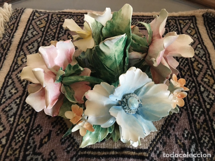Antigüedades: Cerámica de CAPODIMONTE flor portavelas - Foto 4 - 285583773