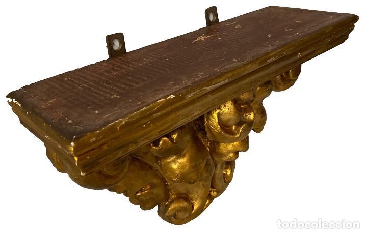 Antigüedades: Antigua repisa, peana, ménsula, pedestal dorado de madera barroco. S. XVIII.43x27x16 - Foto 4 - 285815178