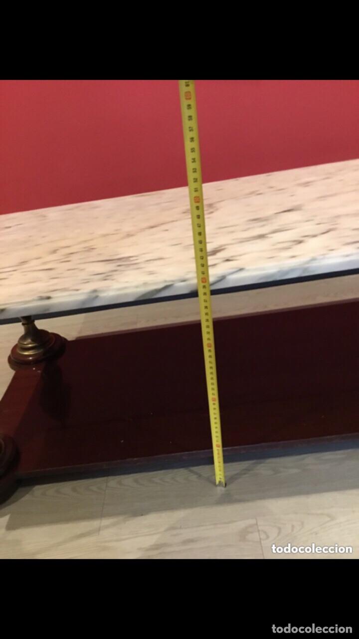 Antigüedades: Antigua mesa de centro en bronce mármol y madera .preciosa.ver fotos - Foto 3 - 286156088