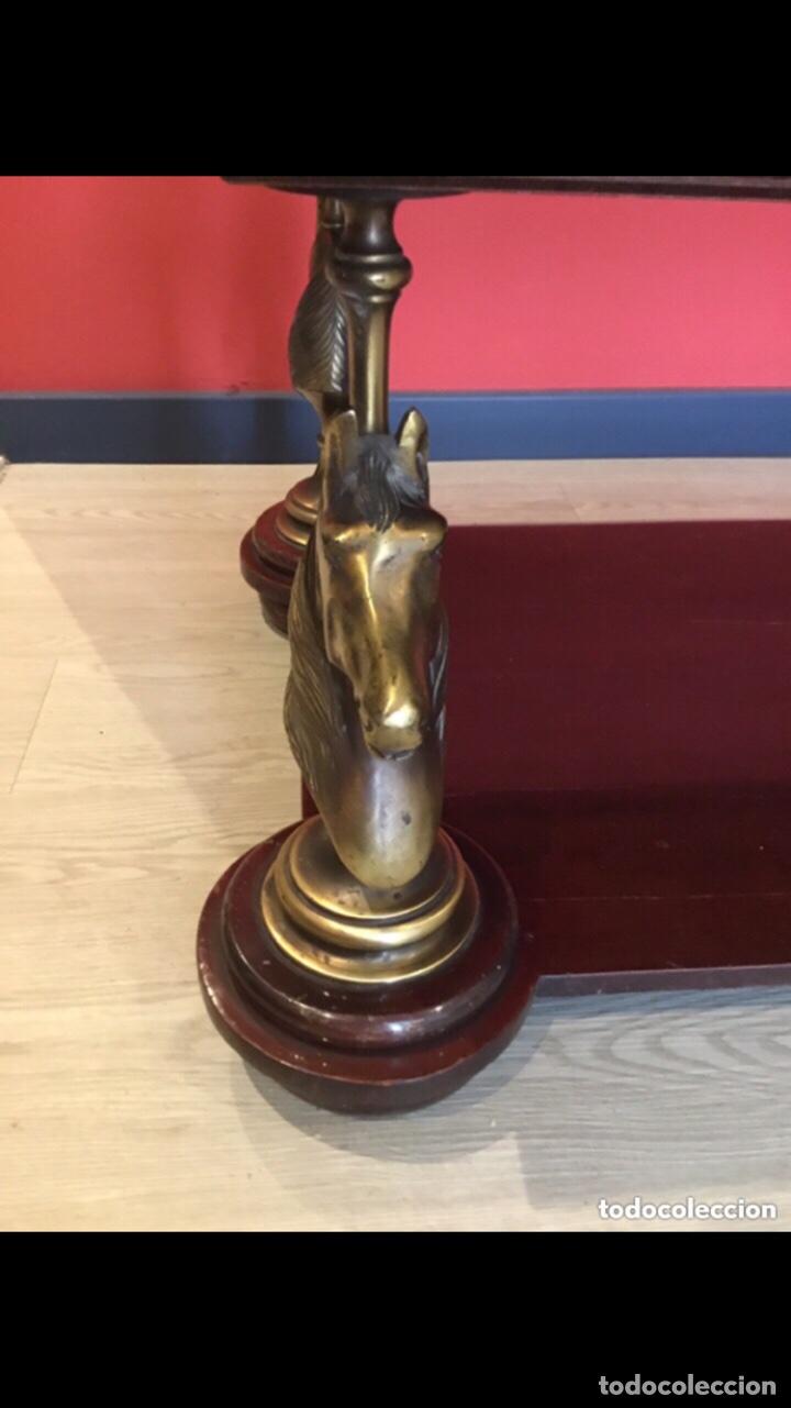 Antigüedades: Antigua mesa de centro en bronce mármol y madera .preciosa.ver fotos - Foto 10 - 286156088