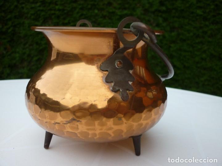 PEQUEÑA OLLA DE COBRE (Antigüedades - Hogar y Decoración - Maceteros Antiguos)