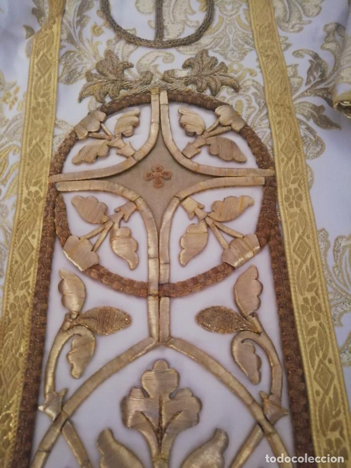 Antigüedades: CASULLA CON TODOS LOS COMPLEMENTOS - Foto 23 - 286275178