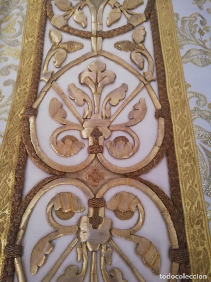 Antigüedades: CASULLA CON TODOS LOS COMPLEMENTOS - Foto 24 - 286275178