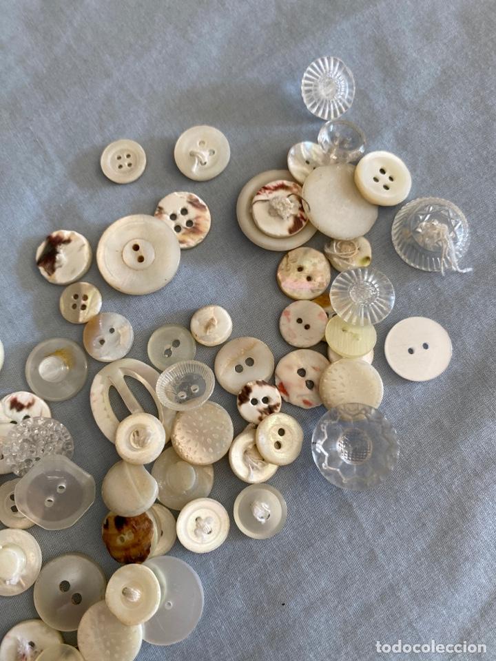 Antigüedades: Lote antiguo de botones - Foto 2 - 286416723