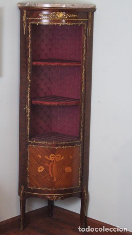 ANTIGUO MUEBLE DE ESQUINA, CAOBA, TRABAJO DE MARQUETERÍA, ADORNOS DE BRONCE Y FORRADO EN SEDA 160 CM (Antigüedades - Muebles Antiguos - Aparadores Antiguos)