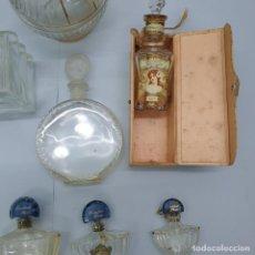 Oggetti Antichi: COLECCIÓN DE 16 BOTELLAS / FRASCOS DE PERFUME. Lote 286495048