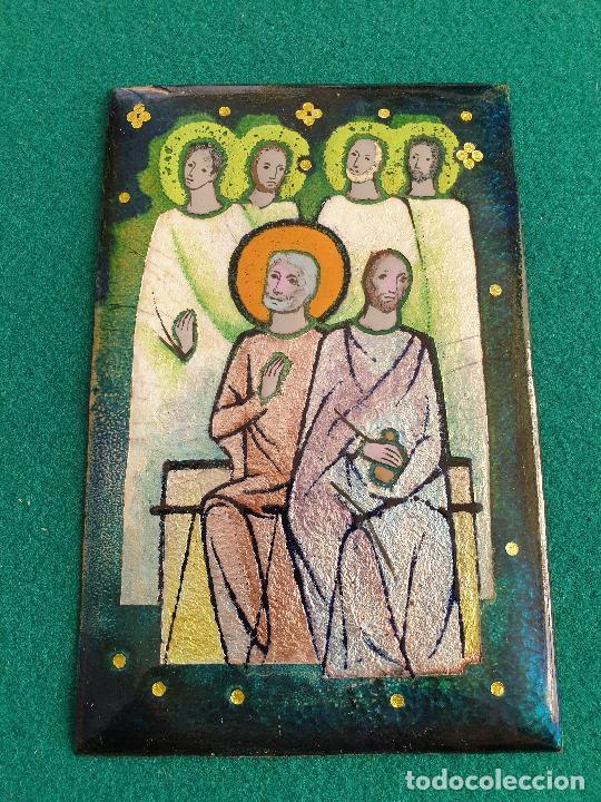 PRECIOSA IMAGEN RELIGIOSA EN PLANCHA DE COBRE CON ESMALTES, AÑOS 70 (Antigüedades - Religiosas - Orfebrería Antigua)