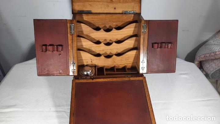 BURO ,ESCRITORIO DE VIAJE ,PEQUEÑO SIGLO XIX,MAGNIFICO TRABAJO MUY COMPLETO (Antigüedades - Muebles Antiguos - Escritorios Antiguos)