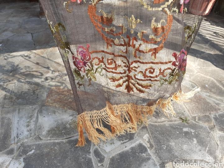 Antigüedades: PRECIOSA CORTINA BORDADA A MANO PETIT POINT - GRIFO - SIGLO XIX - Foto 16 - 286716703