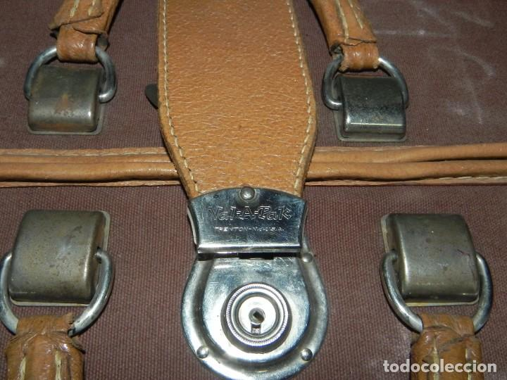 Antigüedades: Excelente maleta portatrajes porta trajes, realizado en piel, tal y como se ve en las fotografias pu - Foto 8 - 286772328