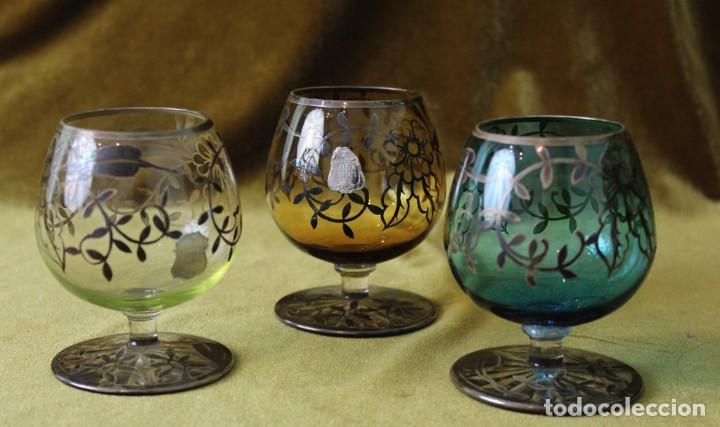 TRES COPAS DE COGNAC ALBA, VIDRIO DECORADO CON PLATA DE LEY, 9CM DE ALTURA (Antigüedades - Hogar y Decoración - Copas Antiguas)