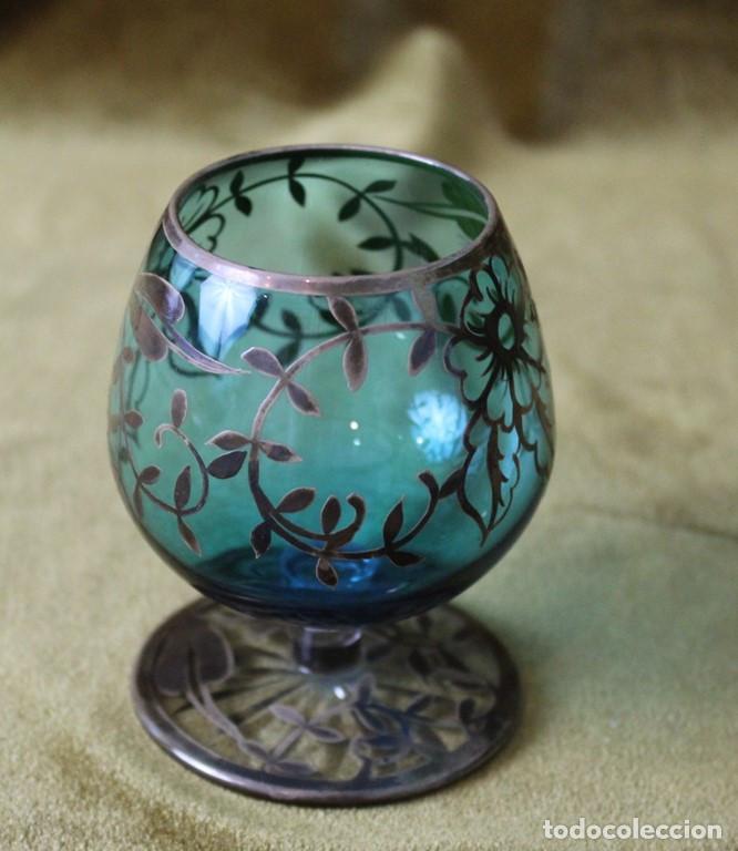 Antigüedades: Tres copas de cognac Alba, vidrio decorado con plata de Ley, 9cm de altura - Foto 2 - 286801873