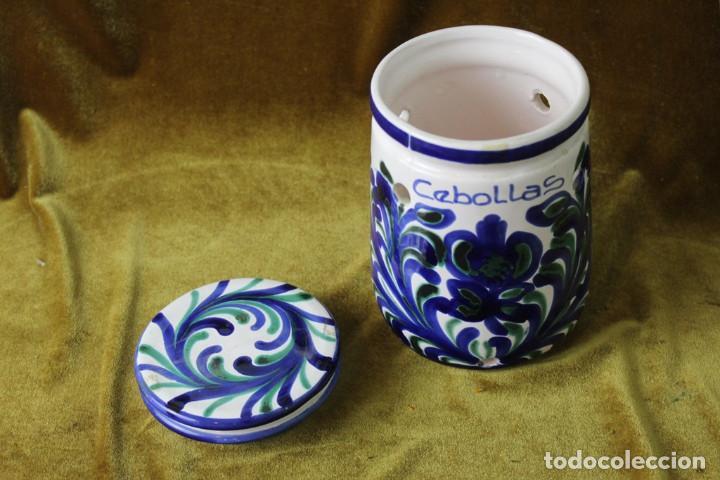 Antigüedades: Lebrillo 42 cm, jarra, y tarros de cerámica de Fajalauza - Foto 7 - 286810968