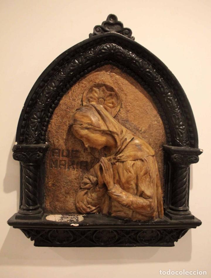 ANTIGUO RETABLO CON BENDITERA, VIRGEN, AVE MARIA. ALBACETE 1931. 65X53CM (Antigüedades - Religiosas - Benditeras)