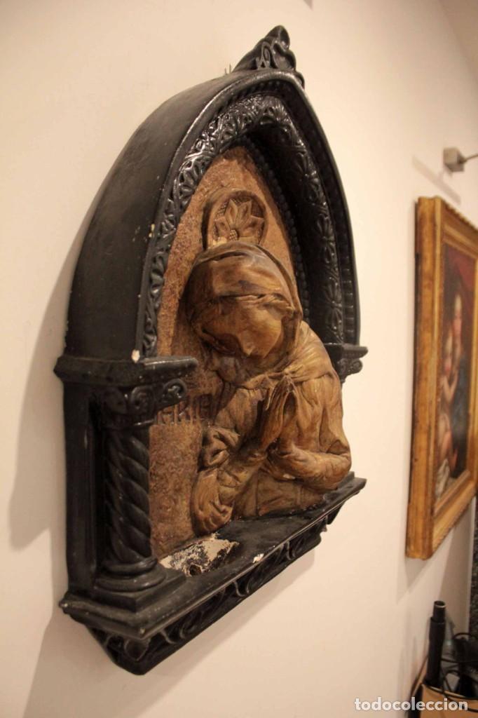 Antigüedades: Antiguo retablo con benditera, virgen, ave maria. Albacete 1931. 65x53cm - Foto 2 - 286831368