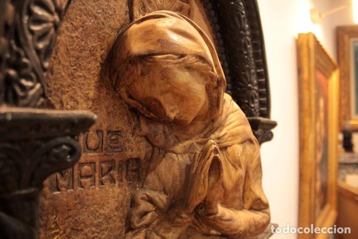 Antigüedades: Antiguo retablo con benditera, virgen, ave maria. Albacete 1931. 65x53cm - Foto 4 - 286831368