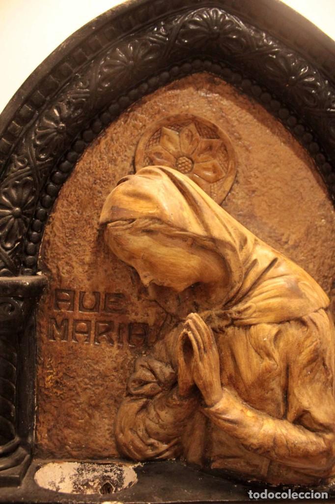 Antigüedades: Antiguo retablo con benditera, virgen, ave maria. Albacete 1931. 65x53cm - Foto 5 - 286831368