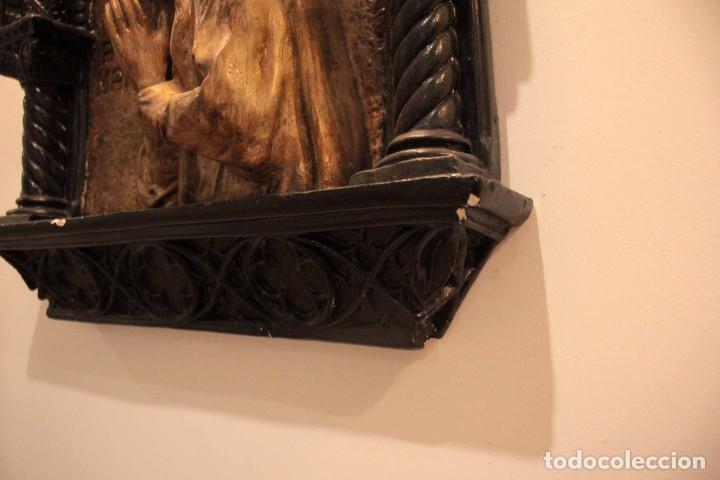 Antigüedades: Antiguo retablo con benditera, virgen, ave maria. Albacete 1931. 65x53cm - Foto 9 - 286831368