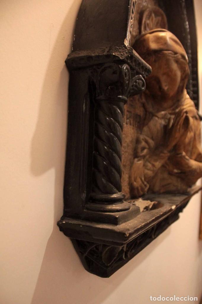 Antigüedades: Antiguo retablo con benditera, virgen, ave maria. Albacete 1931. 65x53cm - Foto 11 - 286831368