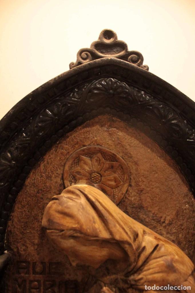 Antigüedades: Antiguo retablo con benditera, virgen, ave maria. Albacete 1931. 65x53cm - Foto 12 - 286831368