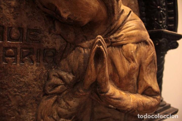 Antigüedades: Antiguo retablo con benditera, virgen, ave maria. Albacete 1931. 65x53cm - Foto 14 - 286831368
