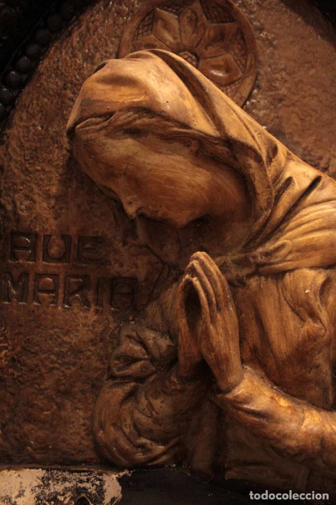 Antigüedades: Antiguo retablo con benditera, virgen, ave maria. Albacete 1931. 65x53cm - Foto 16 - 286831368