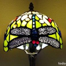 Antiguidades: LAMPARA TIFFANY MESA SOBREMESA SOBRE MESA LIBELULA 40 CMS. Lote 286870228
